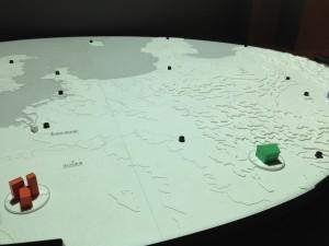 タンジブルユーザインターフェースを使用した緊急地震速報の地震動到達シュミレーション